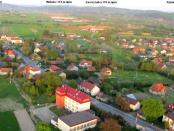 Gdów - na horyzonciePogórze Wiśnickie i w oddali Beskid Wyspowy