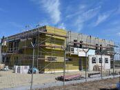 Trwa budowa nowej bazy Lotniczego Pogotowia Ratunkowego w powiecie wielickim